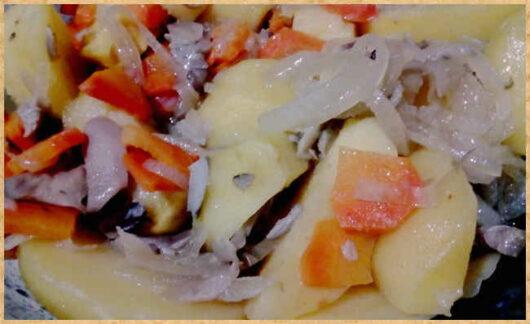 фото для сайта- быстрое и вкусное блюдо картофель с грибами в рукаве